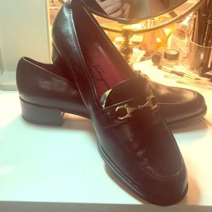 New Salvatore Ferragamo Black Loafers 81/2 M